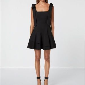 Elliatt Size Small Black Dress